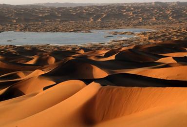 越黄越美丽 腾格里沙漠全程轻装徒步(5日行程)