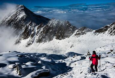 东方阿尔卑斯山 四姑娘山大海子露营 二峰攀登5000米雪山(6日行程)
