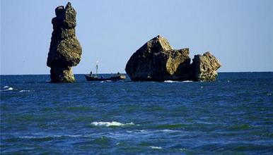 东戴河原生态海滩 止锚湾 吃海鲜大餐 看海上日出 出海打渔(2日行程)