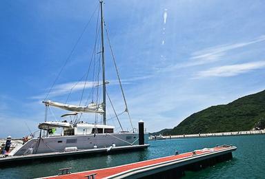 亚龙湾 豪华帆船出海(1日行程)