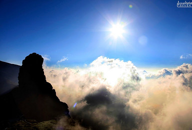 梵天净土 弥勒圣宗 梵净山凤凰之旅(4日行程)