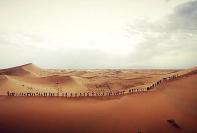 中国第四大沙漠五湖连穿国内知名领队专业带队2人即发团(4日行程)