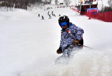 长春庙香山滑雪场滑雪去(1日行程)