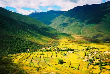 七彩D 徒步者天堂之雨崩村 寻找香巴拉 虎跳峡 朝圣梅里雪山(7日行程)