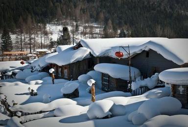长白山泡温泉 雪乡雪谷滑雪 雾凇岛赏雾凇 镜泊湖(7日行程)