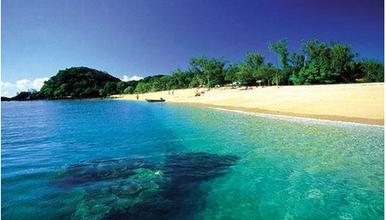 渤海明珠翡翠岛 滦州古镇夜景 滑沙 做沙雕休闲度假(2日行程)