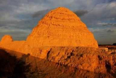 东方好莱坞 西北影视城 中国金字塔 西夏王陵 沙坡头(4日行程)