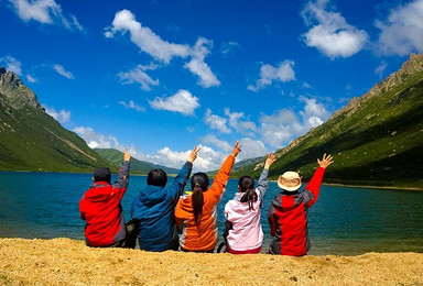 人神共居 年保玉则全线徒步穿越 仙女湖 妖女湖 上下日干措(7日行程)