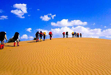 周末大玩家 腾格里天鹅湖徒步穿越 行走的力量(2日行程)