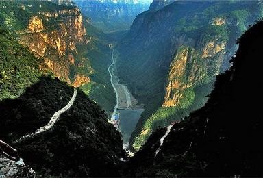太行大峡谷 林州 井底村 挂壁公路 神龙湾天瀑峡 寻古探幽(3日行程)