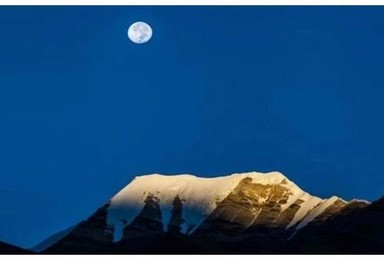 西藏珠峰 羊湖冰川珠峰大本营日喀则扎寺伦布寺天天发团(4日行程)