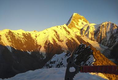 技术型山峰 那玛峰5588米攀登(6日行程)