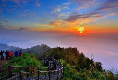 品质经典台湾环岛游(8日行程)
