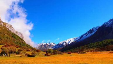 穿越滇川藏 梅里雪山 雨崩 稻城亚丁 香格里拉大环线(10日行程)