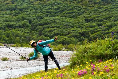 贡嘎山大小环线全线徒步穿越(7日行程)