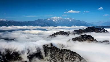 牛背山 每周五晚发团 亚洲最大的观景平台(3日行程)