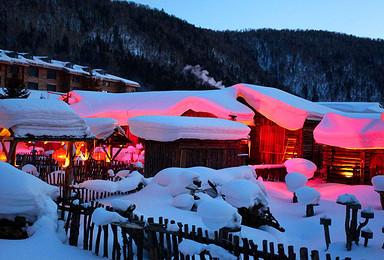 哈尔滨 亚布力滑雪 雪乡穿越 长白山雾凇岛7日豪华团(7日行程)