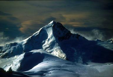 新西兰南北岛冰火探险 徒步之旅10天9晚(10日行程)