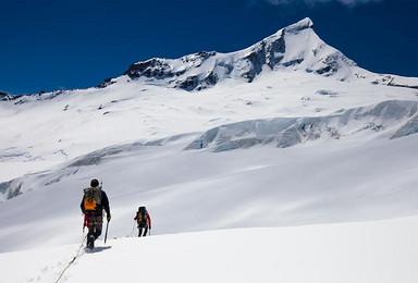 新西兰火山穿越南半球的马特洪峰 攀登之旅(10日行程)