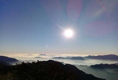 临安三尖山脊上穿越 云海 水流雾 日出(2日行程)