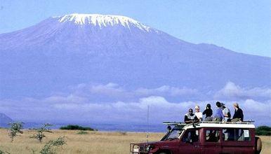 安博塞利 乞力马扎罗山登顶 肯尼亚加坦桑尼亚两国游(9日行程)