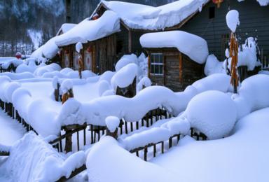 哈尔滨 亚布力雪谷滑雪 二浪河 雪乡穿越林海(3日行程)