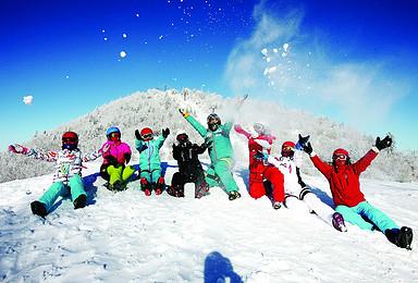 雪乡 长白山 镜泊湖 魔界 吉林6天5晚跟团游 滑雪 漂流(6日行程)