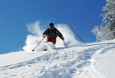 亚布力激情滑雪 哈尔滨 中国雪谷穿越 雪乡(5日行程)