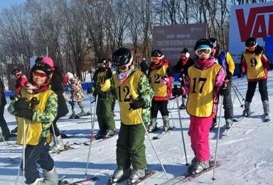 探索者自然学校ll2018东北雪乡滑雪研学冬令营报名正式启动(8日行程)