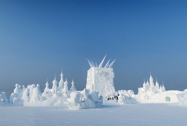 冰雪盛宴A线 住好玩好泡好 东北雪乡品质牧雪(7日行程)