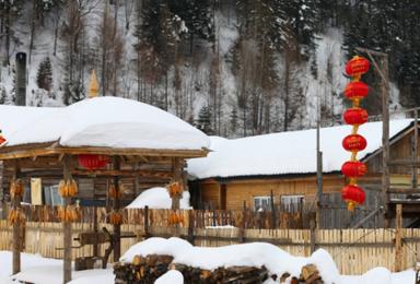 哈尔滨 亚布力吉林雪谷滑雪 长白山 双次温泉 魔界 朝鲜村(7日行程)