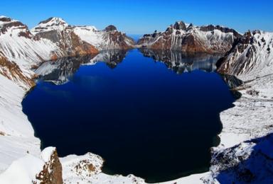 吉林雾凇岛 激情滑雪 长白山 养生温泉 魔界 镜泊湖冬捕(6日行程)