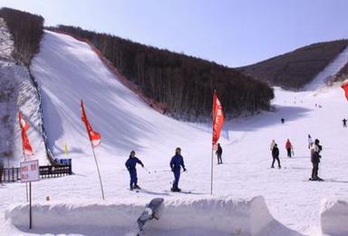崇礼多乐美地 长城岭滑雪 多乐美地 长城岭滑雪场(2日行程)