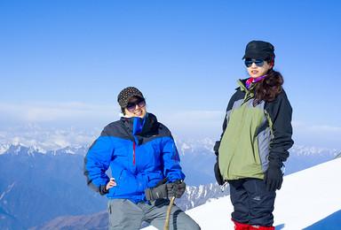 初级雪山 四姑娘山二峰登山 每天发团(3日行程)