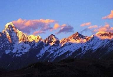 雪山攀登 周末就能完成的雪山挑战 四姑娘山大峰(3日行程)
