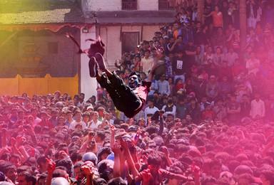 上帝也为之疯狂的色彩盛宴 尼泊尔 洒红节 彩色的狂欢(9日行程)