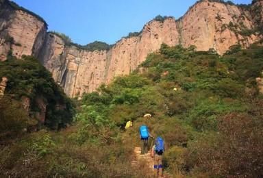 清明南太行 轻装穿越 双底村 八里沟 观太行绝壁赏峡谷风情(3日行程)