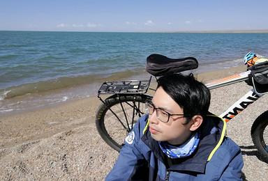 骑行青海湖招募 走 到青海湖骑单车 牛羊成群 蓝天白云(5日行程)
