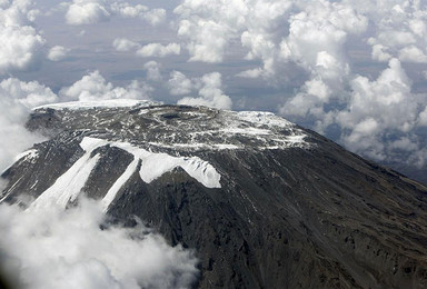 7加2 最高峰系列非洲乞力马扎罗龙盖线登山(8日行程)