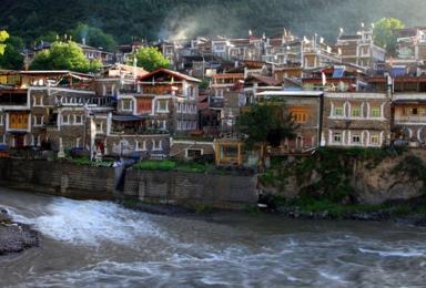 川藏线  马尔康 甘孜 稻城 香格里拉镇 巴塘 然乌湖(10日行程)