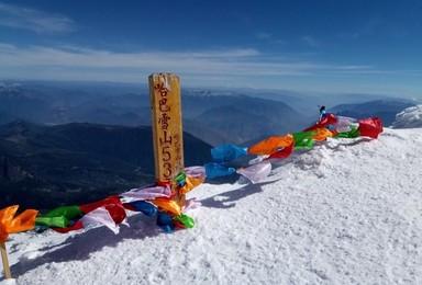 极星 云南顶峰户外高海拔攀登计划 哈巴 雀儿山 慕士塔格(4日行程)