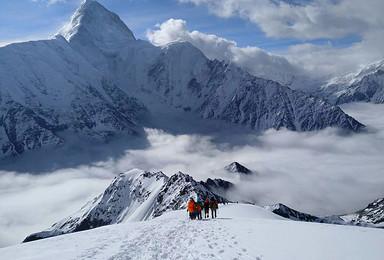 贡嘎最美卫峰 那玛峰 5588米 技术攀登(7日行程)