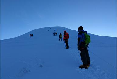 青海玉珠峰南坡6178米 全年攀登计划 6000米首选(7日行程)