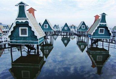 月坨岛 住荷兰风情小木屋 泡海岛温(2日行程)