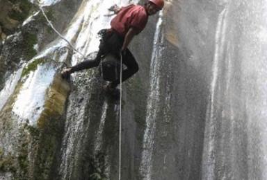 尼泊尔加德满都溪降 含来回接送 含午餐(1日行程)