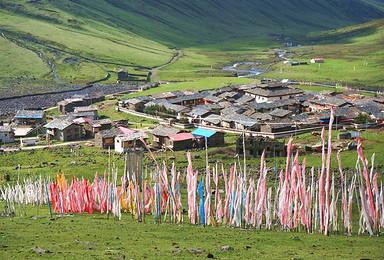 秘境环线 莫斯卡 党岭 葫芦海 色达 丹巴藏寨(7日行程)