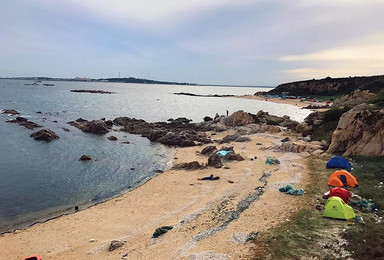 本周   无人岛 荒岛求生   在美丽的无人岛   扎营烧烤(2日行程)