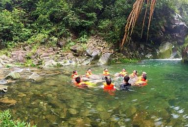 白际大峡谷溯溪 游泳 打水仗 激情徽州第一漂流(3日行程)