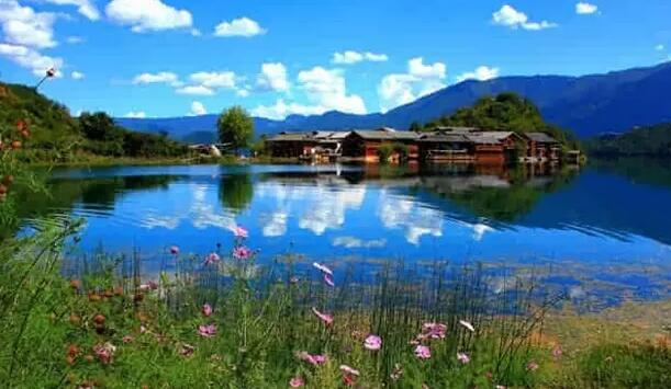 香格里拉 普达措 梅里雪山 大美泸沽湖休闲深度小团队(6日行程)