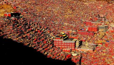 国庆特惠价 色达丹巴甲居藏寨  四姑娘山 越野车迷你小团(4日行程)